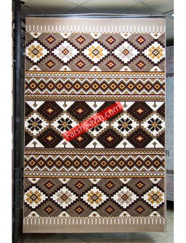 پرستو شکلاتی طرح گبه ی روستایی دست بافت گونه ی فرش ساوین