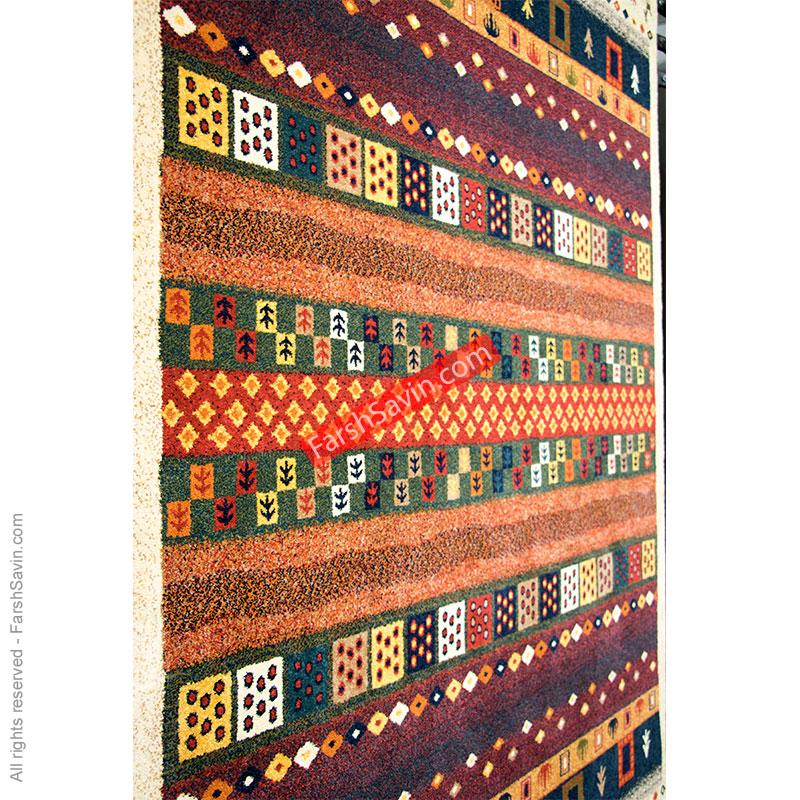 زنبق زمینه کرم فرش ساوین